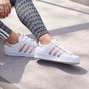 Adidas superstar - rose gold stripes, women's 8